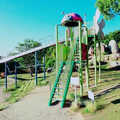 山陽ふれあい公園遊具