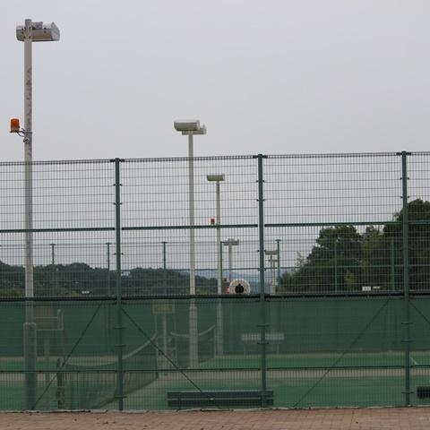 北公園陸上競技場テニスコートナイター